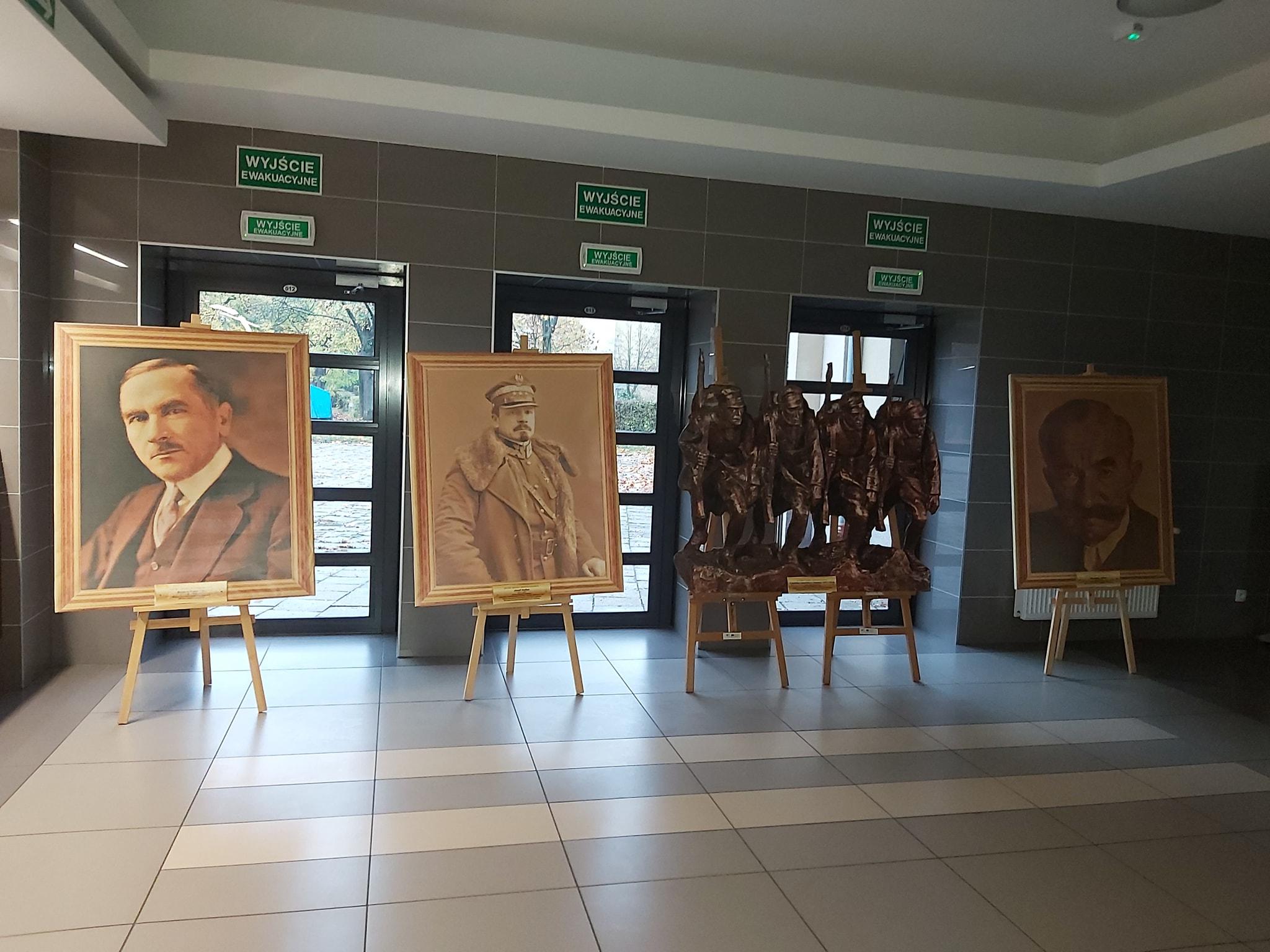 Ilustracja do informacji: Wystawa malarstwa - OJCOWIE NIEPODLEGŁOŚCI