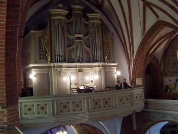 Miniatura zdjęcia: Festiwal Muzyki Kameralnej i Organowej Lubsko 2006_filharmonia063.JPG